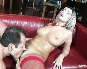 Daria Glower Fucks On The Leather Sofa
