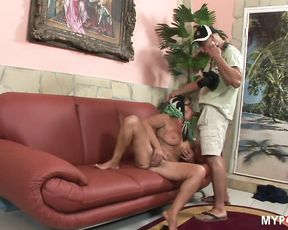 Photographer fucking old granny pussy
