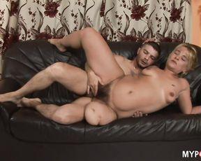 Sex with one-leg milf