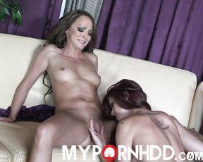 Karlie Montana loves teasing Charlie Laine's wet pussy