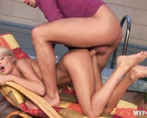 Kinky Jasmine  loves giving free footjobs