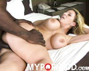 Black big dick in milf's pussy