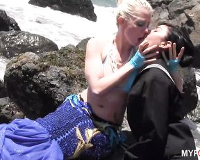 MERMAIDS AND UNICORNS VOL.1: BERETTA JAMES AND LORELEI LEE - SEASIDE SEX