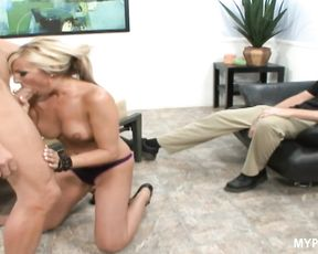 I want to make photo how you fuck my hot wife Val Malone