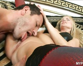 Blonde Hungarian MILF fucked right in the ass