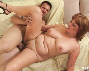 Hot Mommy Fucks Young Boy from the Neighbourhood