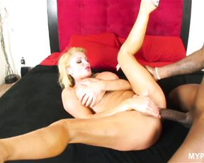 Busty slut Taylor Wane gets hard fuck with black cock in her wet pussy