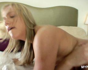 Young cheerleader Kara Novak gets hot fuck with hard cock