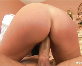 Luxury brunette India Summer enjoys hard fuck with big cock